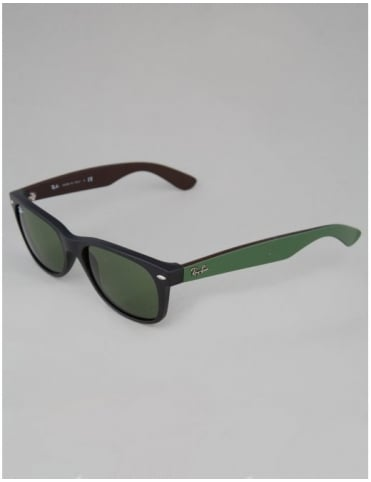 Ray-Ban New Wayfarer Sunglasses - Matte Black // Crystal Green